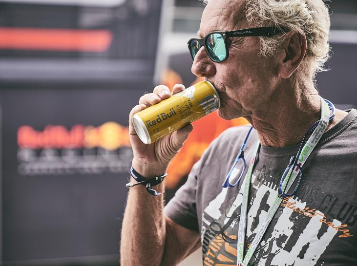 EAV Klaus Eberhartinger Red Bull Märchenprinz